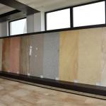 Oferim o paleta diversificata de culori de marmura: marmura rosie, marmura neagra, marmura crem, precum si in varianta granit negru s.a.m.d.