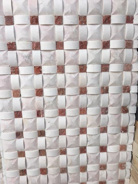 Mozaic piatra - travertin / marmura intercalat - Design unic pereti interiori sau exterior