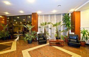 Interior elegant si calduros. Granit / Travertin / Marmura pardoseala realizatade Marmur Art in 2016