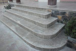 portofoliu Marmur Art Slatina scara granit gri. Trepte granit pret cu manopera